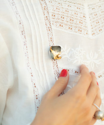 Ioana Enache brooch with pearl and gold