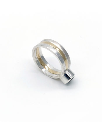 Ioana Enache ring with quartz